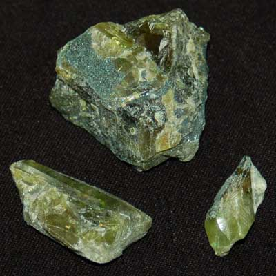 Green Sphene Crystal Chips (Titanite)