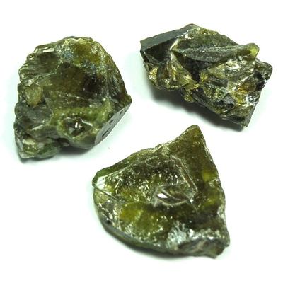 Green Sphene Chips