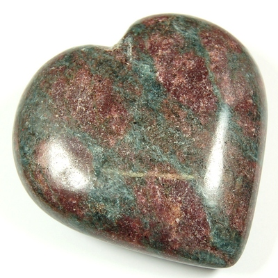 Hearts - Ruby In Kyanite Heart (India)